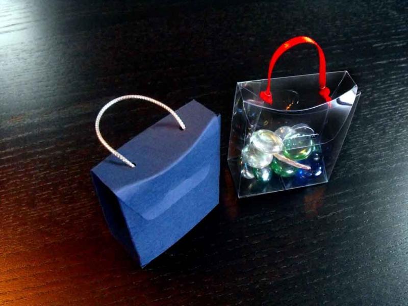 Cutiute posetuta pentru bijuterii