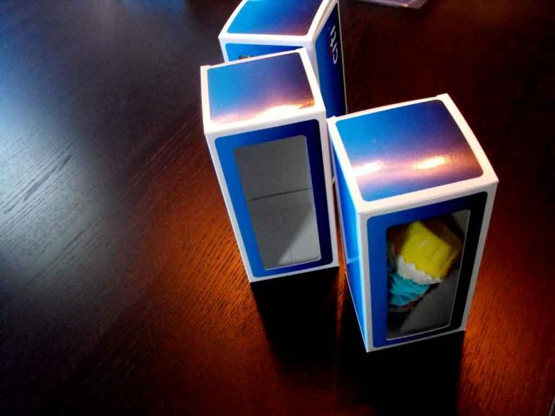 Cutii cu fereastra pentru cadouri