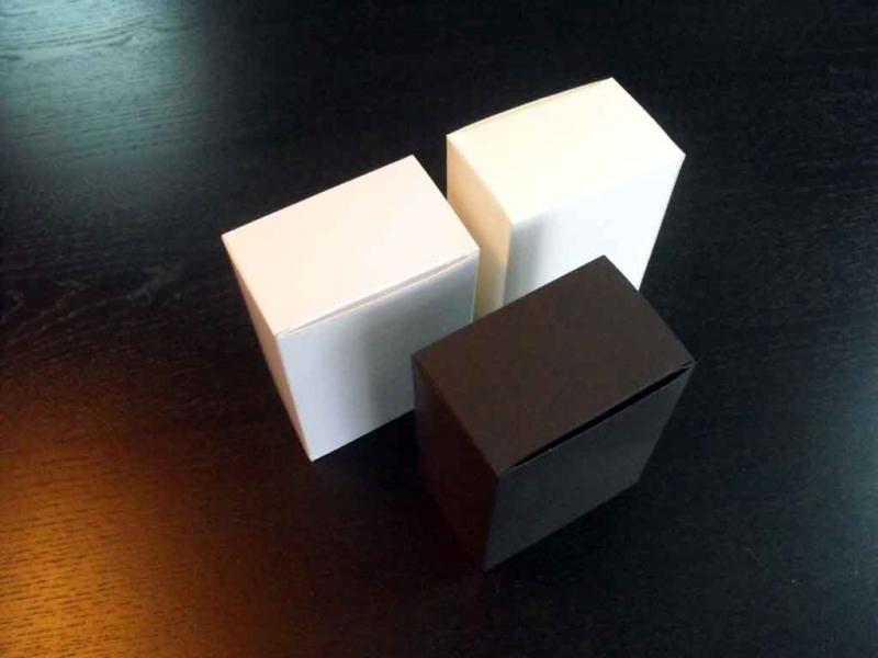 Cutii pentru accesorii