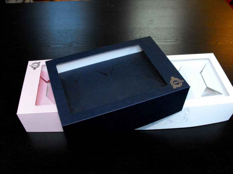 Cutii din carton cu insert