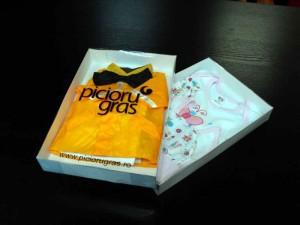 Kids clothing packaging