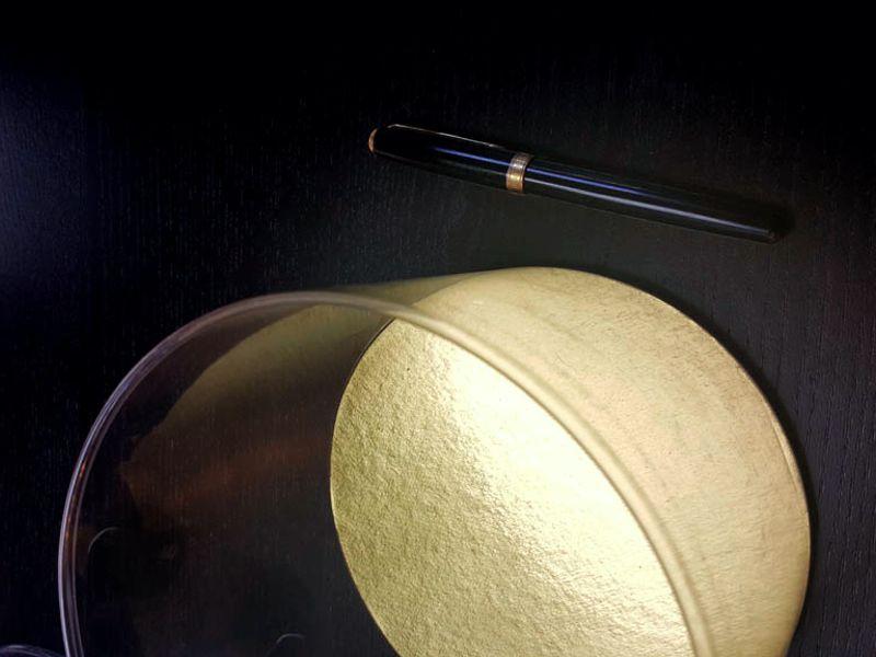 16 - 7 - Cilindru transparent cu fundul din carton gros