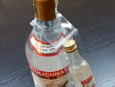Blister promotional pentru agatat pe gatul sticlei