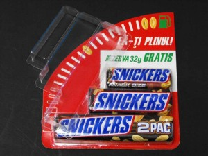 Plastic blister for chocolate bars