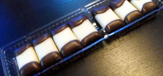Caserole biscuiti ciocolata cu doua alveole Ambalaje Plastic   Ambalaje Din Plastic
