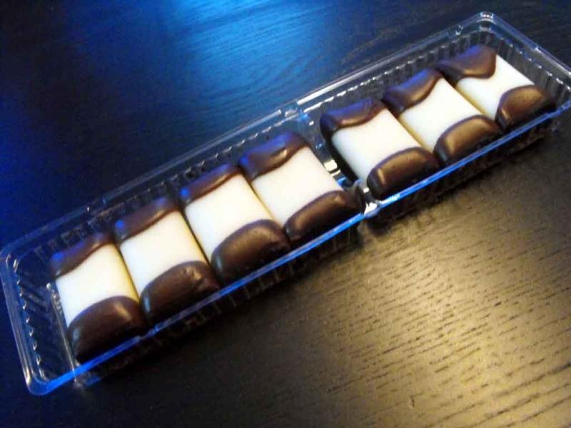 Caserole biscuiti ciocolata cu doua alveole