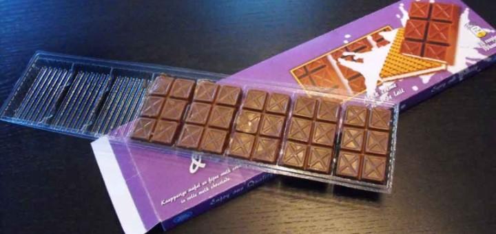 Chese din plastic 8 alveole ciocolata