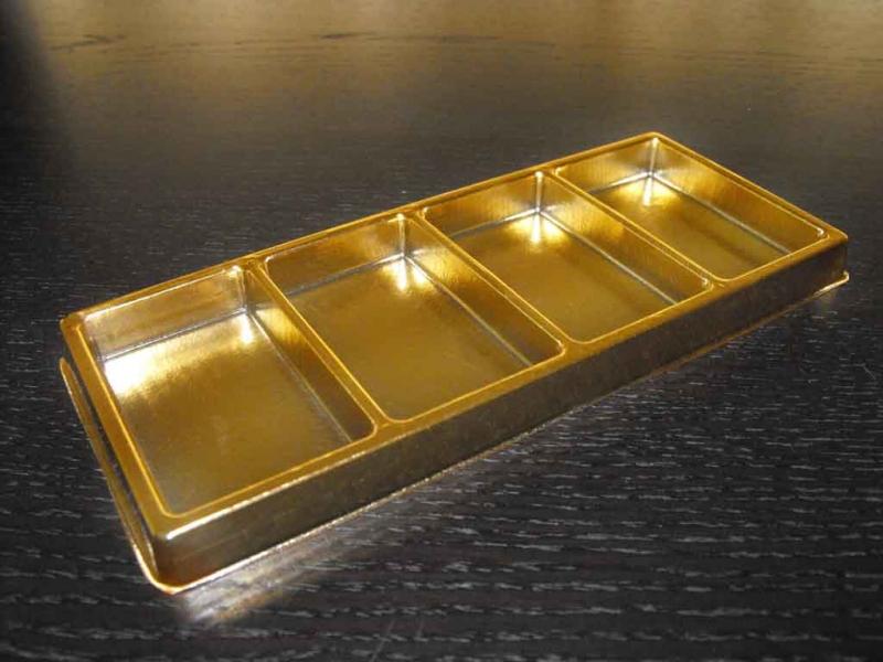 chese-aurii-cu-patru-compartimente-1572-4