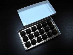 chese-aurii-din-plastic-pentru-praline-1477-2