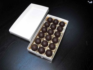 chese-aurii-din-plastic-pentru-praline-1477-3