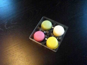 Macaron box tray inserts