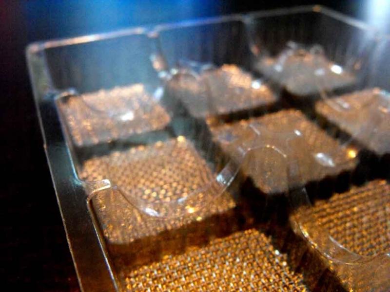 chese-plastic-9-alveole-macarons-872-7