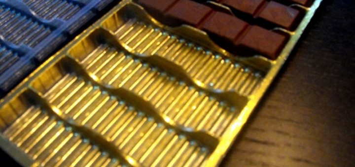 Chese plastic pentru tablete ciocolata