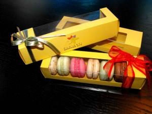 cutii-carton-7-macarons-minimacarons-168-7