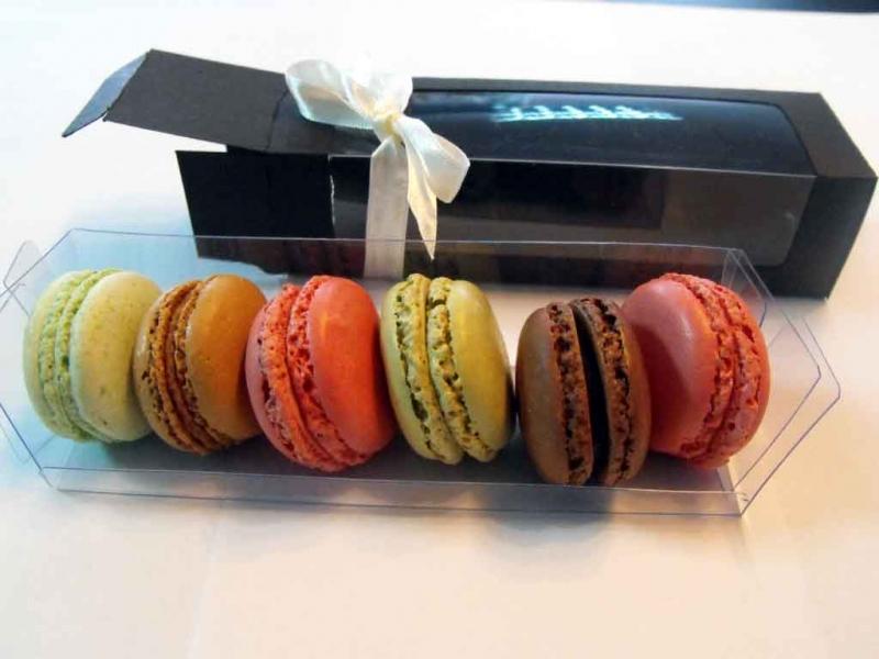 cutii-carton-7-macarons-minimacarons-168-9