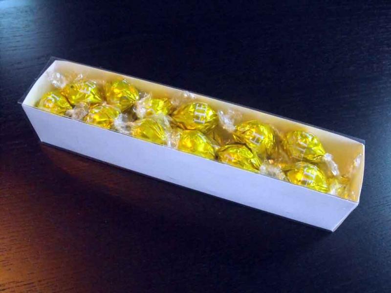 cutii-carton-alb-bomboane-1094-2