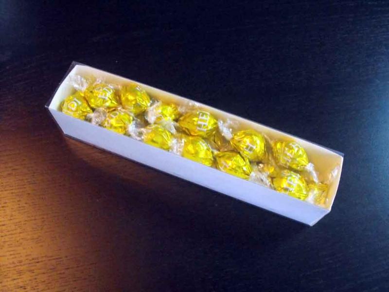 cutii-carton-alb-bomboane-1094-3