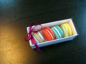 cutii-carton-alb-macarons-megamacarons-963-2 Ambalaje Plastic | Ambalaje Din Plastic