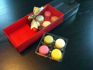 Macarons plastic packaging
