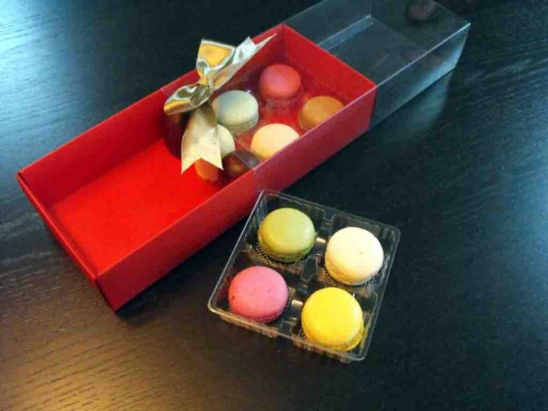 Cutii carton colorat cu 2 chese Macarons
