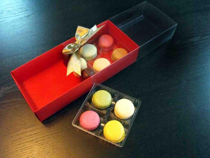 cutii-carton-colorat-cu-2-chese-macarons-982-2