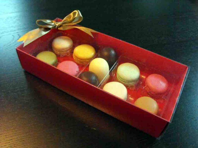 cutii-carton-colorat-cu-2-chese-macarons-982-4