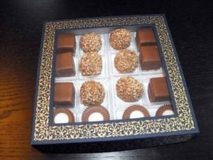 Valentine's day gift box 16 pralines