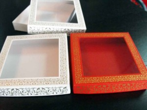 cutii-carton-cu-fereastra-9-petits-fours-1085-8