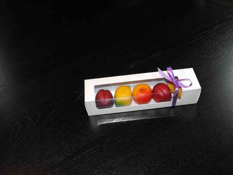 cutii-carton-cu-fereastra-plastic-figurine-martipan-1012-3