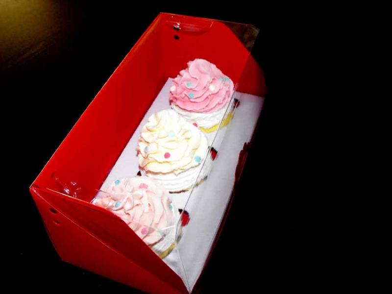 cutii-carton-pentru-doua-trei-cupcakes-1408-11