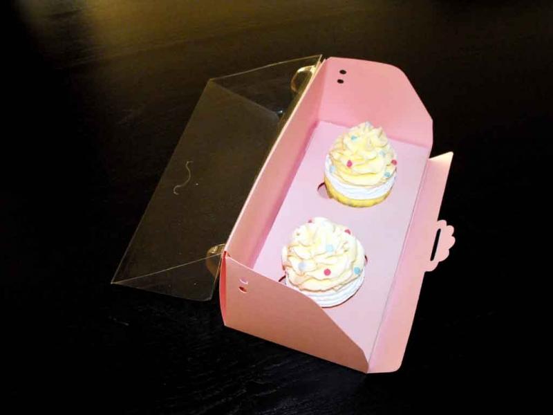 cutii-carton-pentru-doua-trei-cupcakes-1408-12