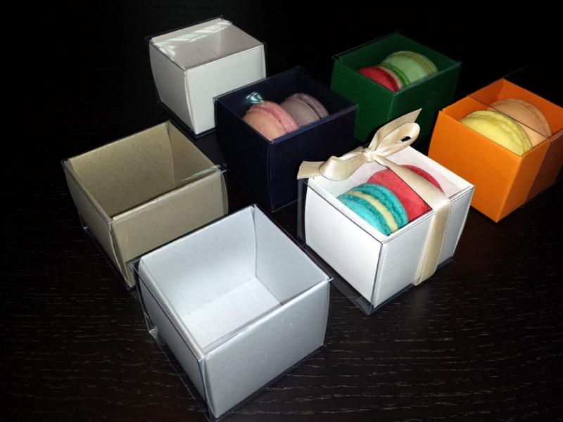 Cutii mici carton 2 Macarons marturii nunta