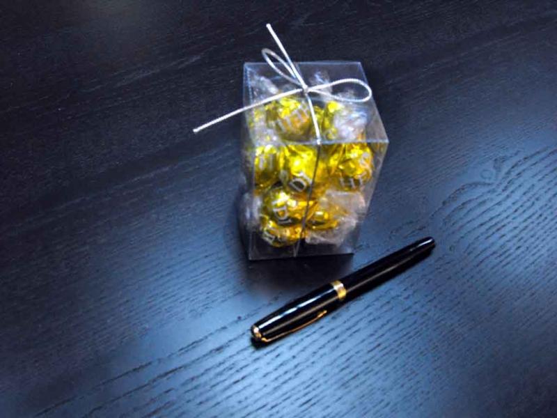 Cutii bomboane preambalate
