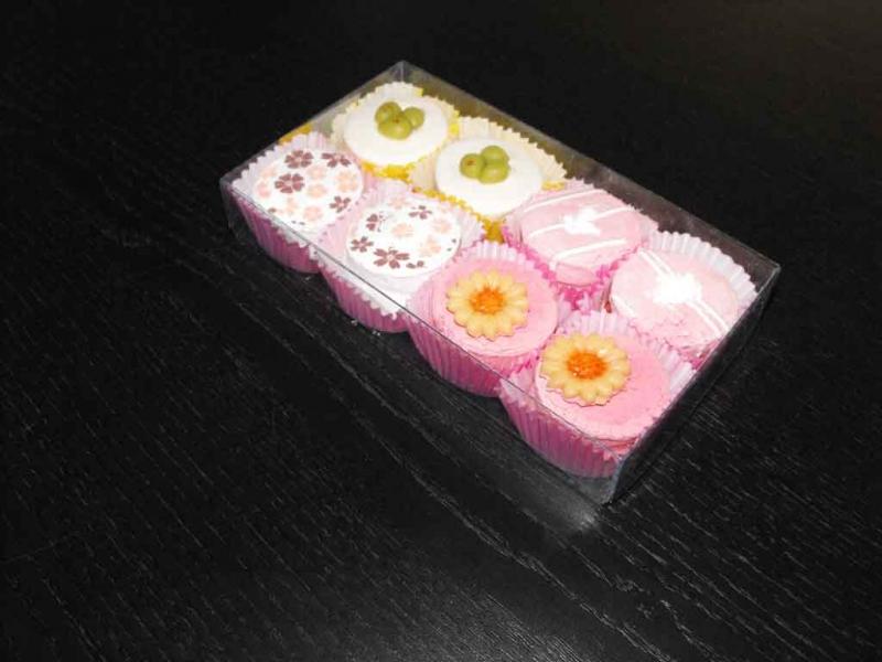 Cutii pentru petits fours, dulciuri