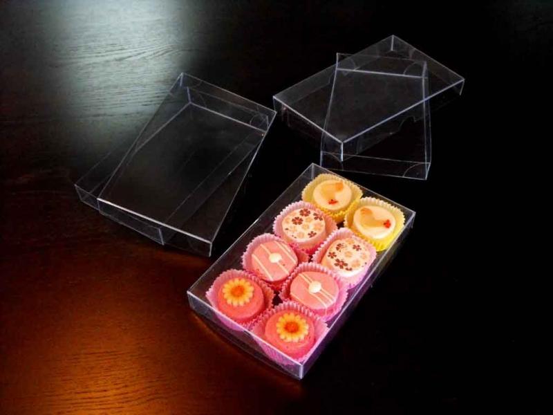Cutii plastic ambalaj petit four