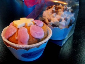 cutiute-carton-colorat-briosa-cutiute-carton-cupcakes-889-5 Ambalaje Plastic | Ambalaje Din Plastic