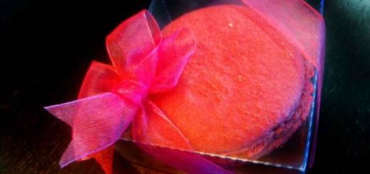 Cutiute personalizate Macarons