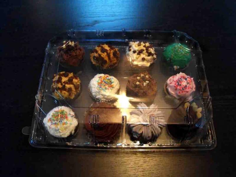 tavi-plastic-cupcakes-tavi-plastic-muffins-tavi-prajituri-813-3