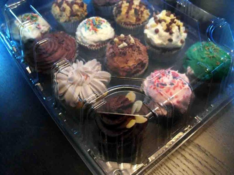 tavi-plastic-cupcakes-tavi-plastic-muffins-tavi-prajituri-813-5