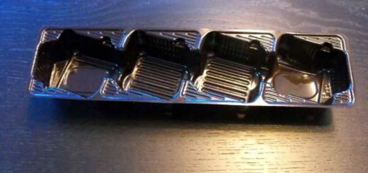 Caserole plastic fursecuri 4 alveole inclinate
