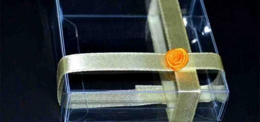 Cutiute din plastic personalizate
