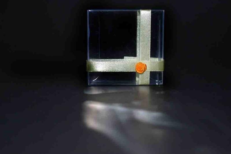 cutiute-plastic-marturii-de-nunta-cutiute-martisoare-837-4