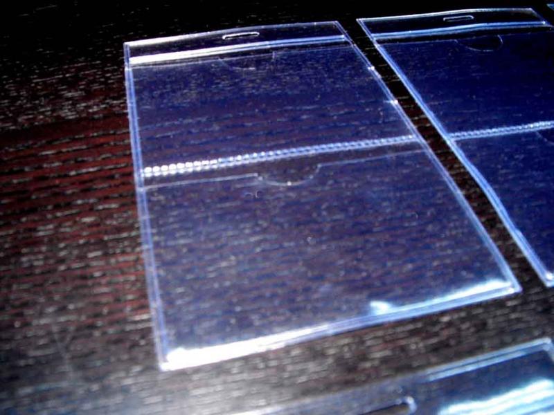 posetute-din-plastic-pentru-legitimatii-1523-2