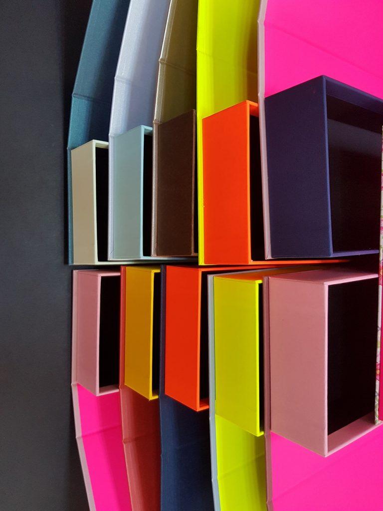 6081-Cutii colorate cu magnet (model 6081) (10)
