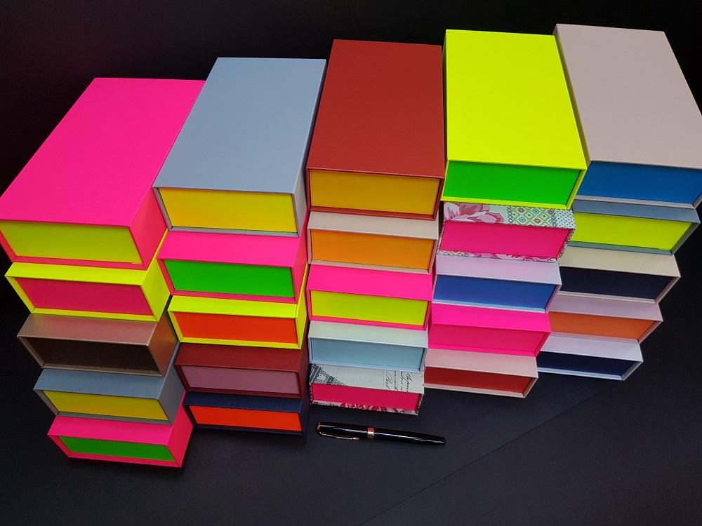 6081-Cutii colorate cu magnet (model 6081) (3)