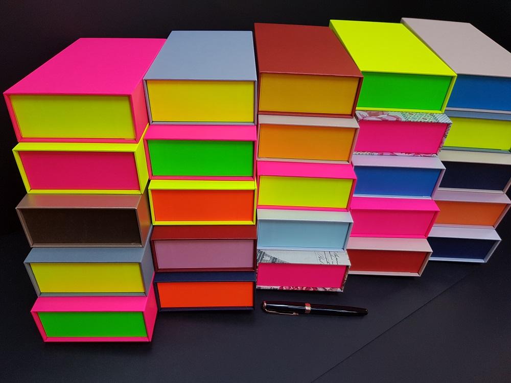 6081-Cutii colorate cu magnet (model 6081) (4)