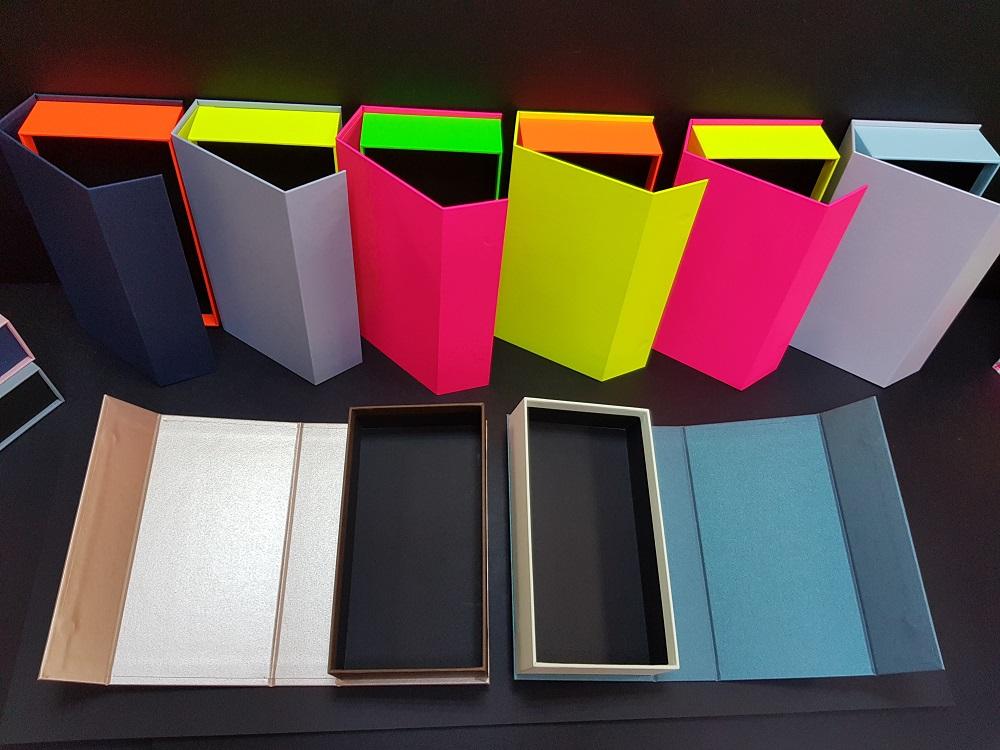 6081-Cutii colorate cu magnet (model 6081) (7)