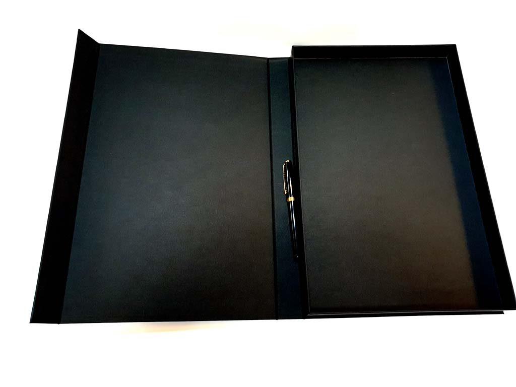 6020 cutie cu magnet 366x236x27 - innoship (3)